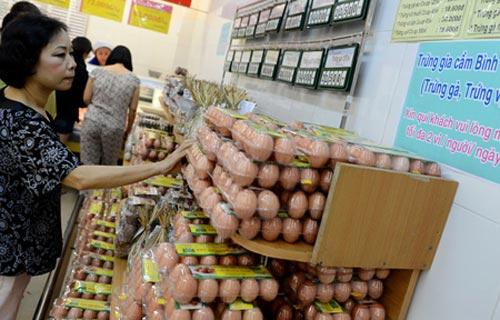 DN thừa nhận tăng giá trứng thiếu hợp lý - 1