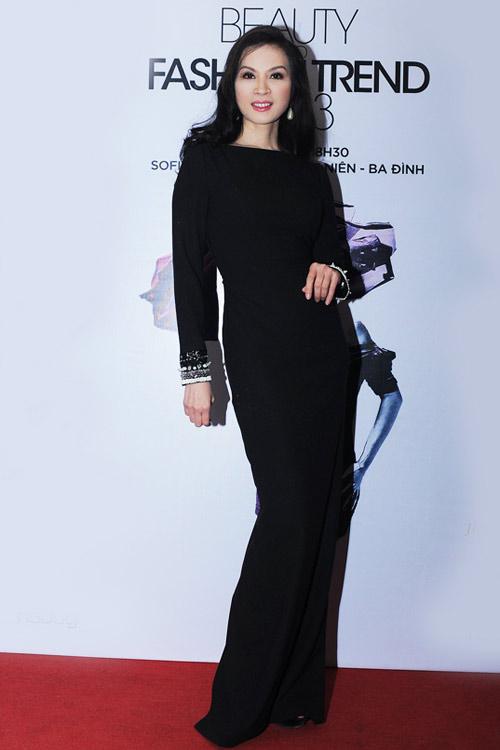 Thanh Mai đẹp ngỡ ngàng ở tuổi 40 - 1