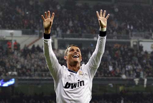 """Ronaldo: """"Áp lực ở Real lớn hơn ở MU"""" - 1"""