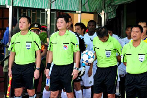V-League 2013: Thù lao trọng tài giảm 25% - 1