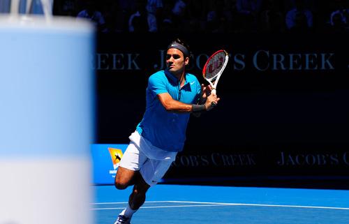 Federer cứu bóng thần sầu tại Australian Open ngày 2 - 1