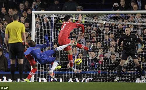 Chelsea: Khi Stamford Bridge hết thiêng - 1