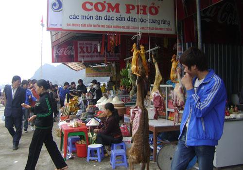 Thịt thú rừng chùa Hương: Trảm trước tấu sau - 1