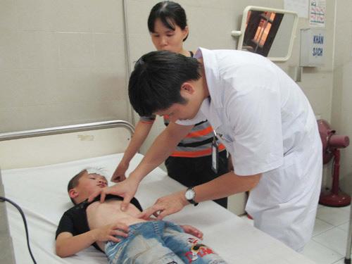 Dùng sai thuốc, trẻ dễ tử vong - 1