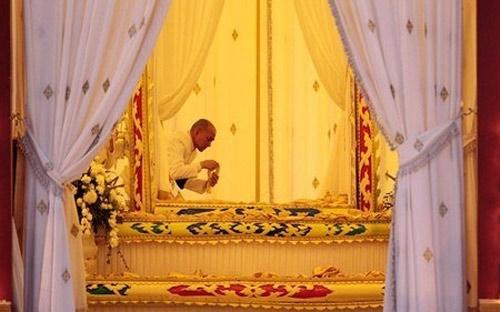 Hình ảnh lễ hỏa táng cựu vương Sihanouk - 1