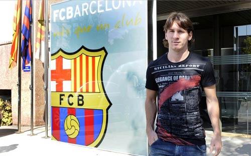 Barca sắp chính thức trói chân Messi - 1