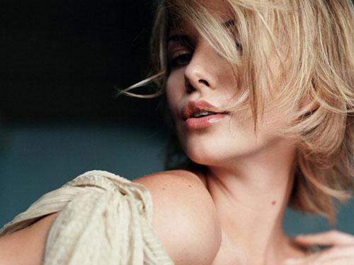 Bí mật vẻ đẹp không tuổi Charlize Theron - 1