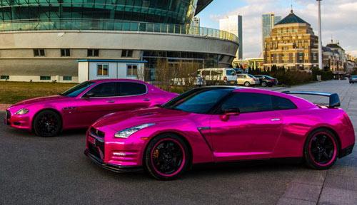 Nissan GT-R và Maserati màu hồng đẹp lung linh - 1