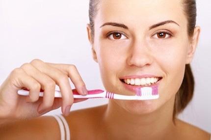Bí mật giúp bạn có hàm răng trắng bóng - 1