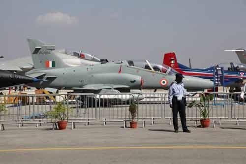 Ấn Độ: Triển lãm hàng không Aero India 2013 - 1