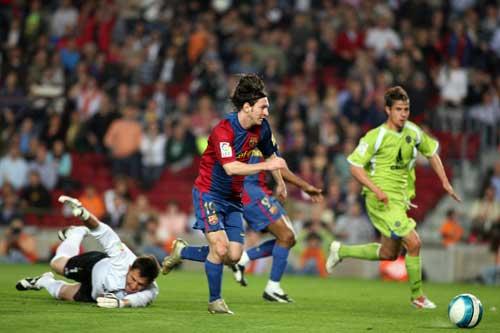 """Messi: 13 năm&13 khoảnh khắc """"mùa xuân"""" - 1"""