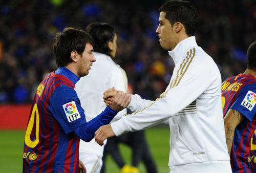 CR7 không may vì sinh cùng thời Messi - 1