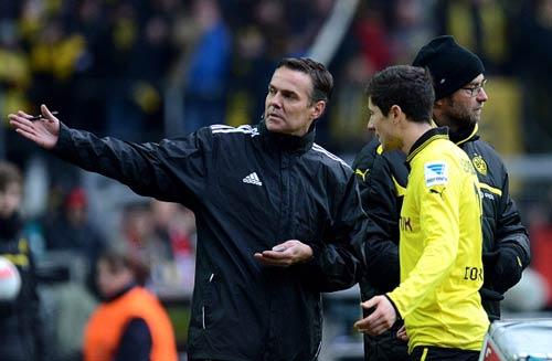Dortmund - Hamburger: Cú sốc sân nhà - 1