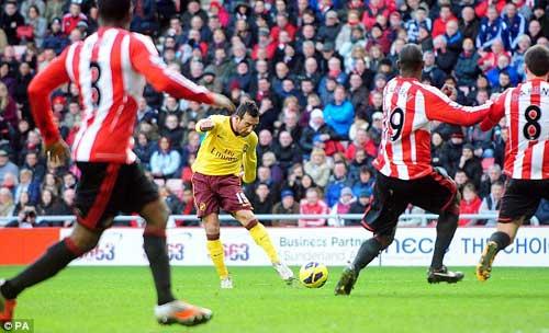 Arsenal vượt khó: Một là đủ - 1