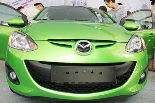 Thị trường ô tô tăng mạnh tháng đầu năm - 1