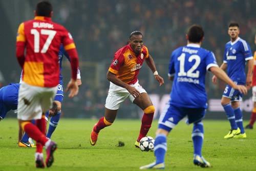 Galatasaray – Schalke: Drogba im lặng - 1