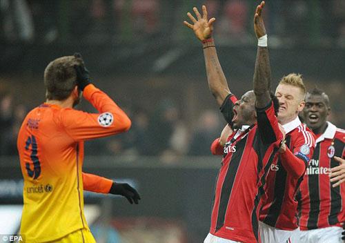Milan phấn khích, Barca không phục - 1