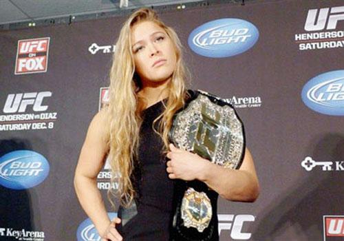 """UFC 157: """"Kiều nữ"""" đấu """"Nữ binh cơ bắp"""" - 1"""
