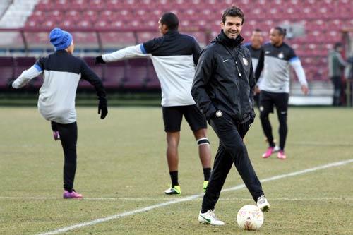 Serie A trước vòng 26: Derby thành Milan - 1