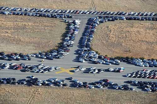"""""""Nghĩa địa"""" xe hơi lớn nhất thế giới - 1"""