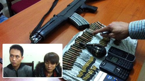 NK141: Súng AK, hơn 80 viên đạn trên xe taxi - 1