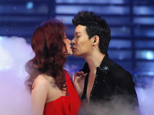 Nụ hôn say đắm nhất Cặp đôi hoàn hảo - 1