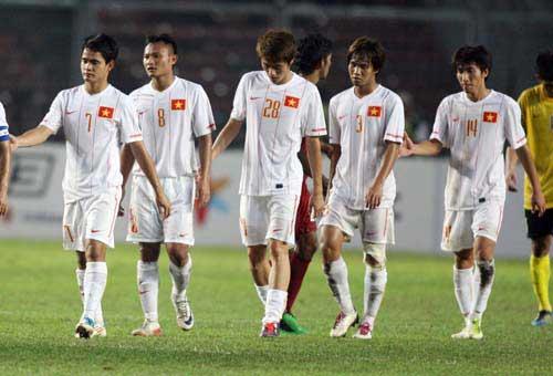Bóng đá Việt Nam: Khi Tổng cục…đá bóng - 1