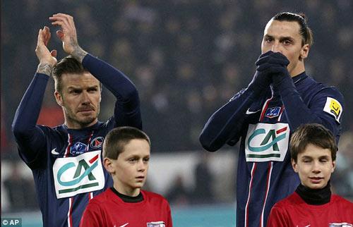Becks đá chính, PSG lại thắng - 1