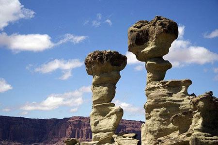 Tham quan thung lũng đá nổi danh tại Argentina - 1