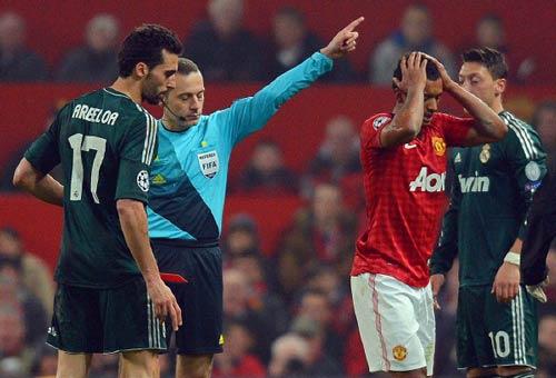 Arsenal & C1: Nhiệm vụ bất khả thi - 1