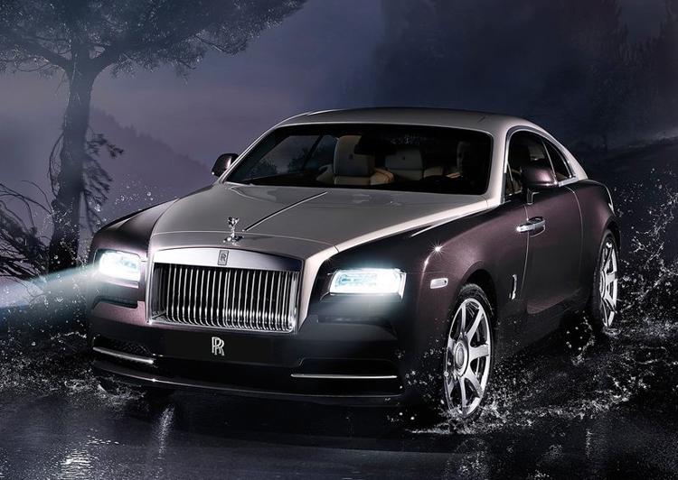 Hãng siêu xe hạng sang của Anh là Rolls-Royce vừa chính thức trình làng chiếc Waith. Đây được xem là phiên bản cao cấp nhất của hãng này tính đến thời điểm hiện tại.