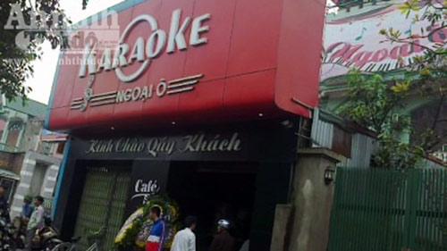 Chủ quán karaoke bị 13 côn đồ chém chết - 1