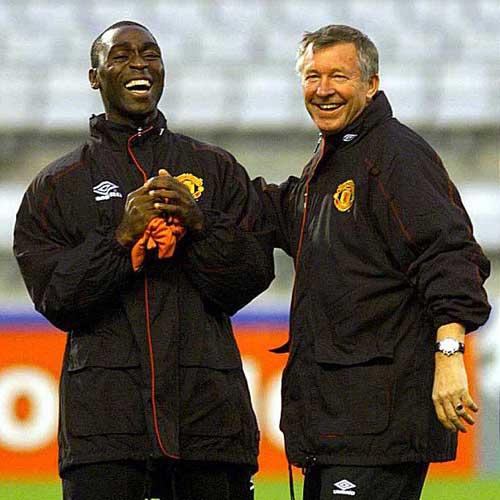 Rooney sẽ hối hận nếu rời MU - 1