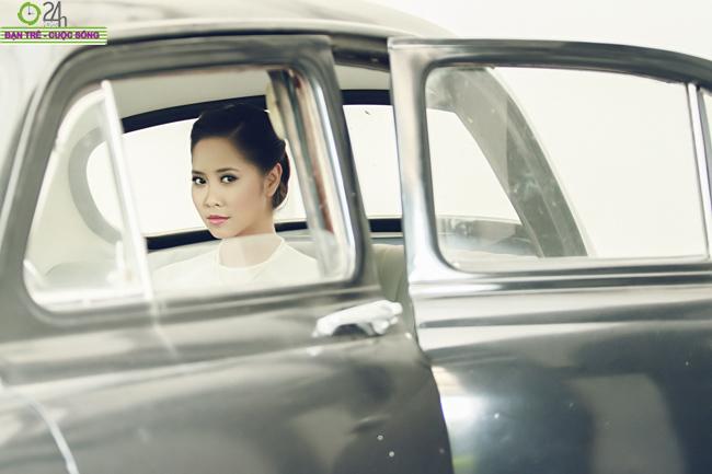 Tường Vy xinh lung linh đón giáng sinh Tường Vy nền nã áo dài đón Tết Sài Gòn Mi Du hóa nàng miêu nữ sexy Andrea làm cô dâu... bán nude