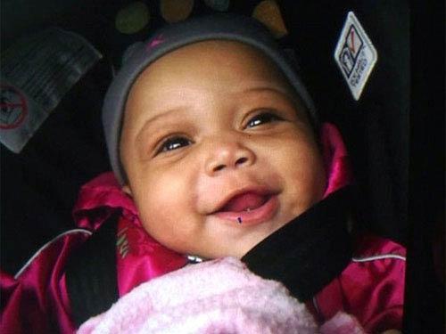 Mỹ: Bé gái 6 tháng tuổi bị bắn 5 phát đạn - 1