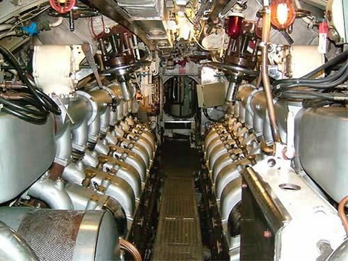 Lính tàu ngầm Việt Nam ở xứ người - 1