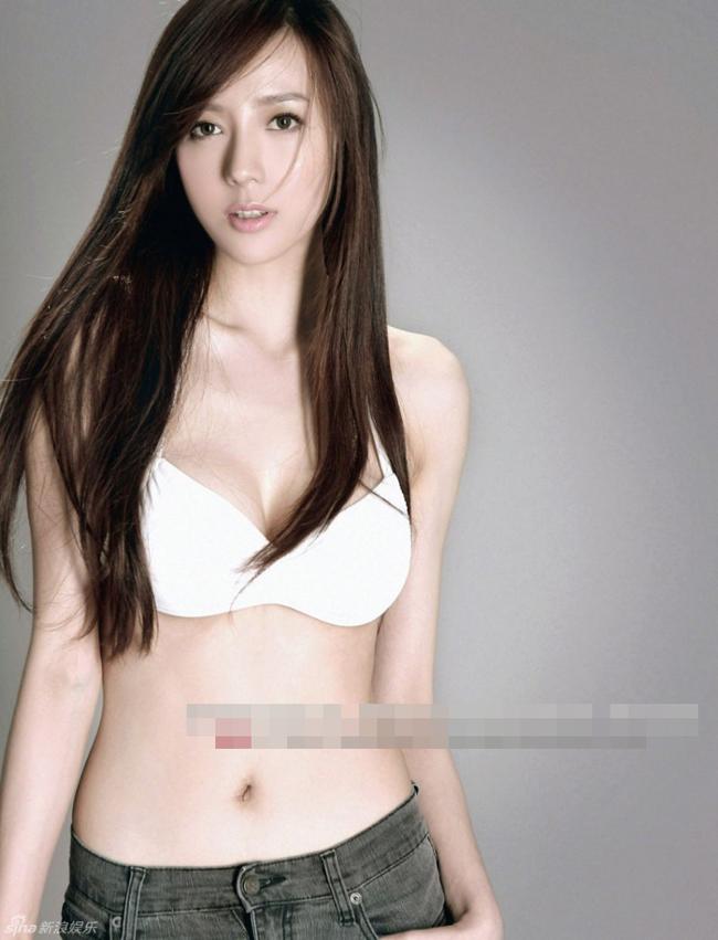 Cô được gọi là bản sao xinh đẹp của Lâm Chí Linh