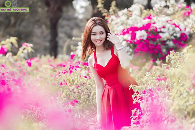 Ngắm vẻ đẹp nõn nà của hot girl Lã Thiên Cầm