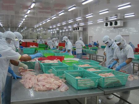 Mỹ tăng thuế chống phá giá cá tra: VN sẽ kiện - 1