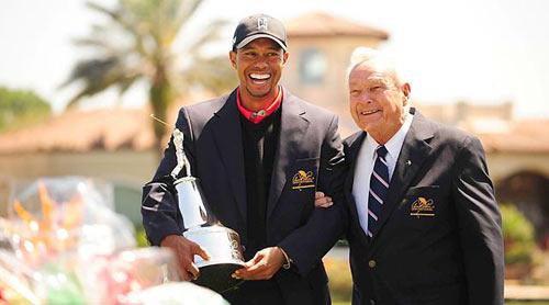Tiger Woods chính thức lên số 1 TG - 1