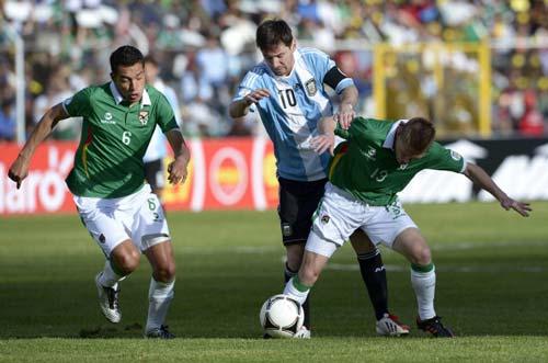 Bolivia - Argentina: Thất vọng Messi - 1