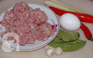 Thịt heo xào lá chanh làm dễ mà ngon - 1