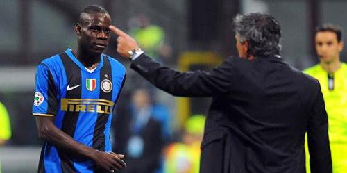 Vì sao Mourinho nên tái hợp Balotelli? - 1