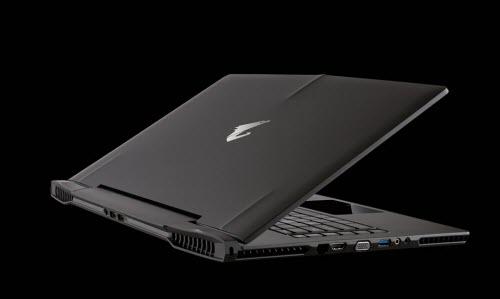 """Ấn tượng với laptop chơi game cấu hình """"khủng"""" của Razer - 1"""