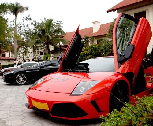 Cận cảnh Lamborghini Murcielago của đại gia Hà Thành - 1