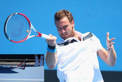 Màn đập nát vợt đầu tiên tại Australian Open - 1