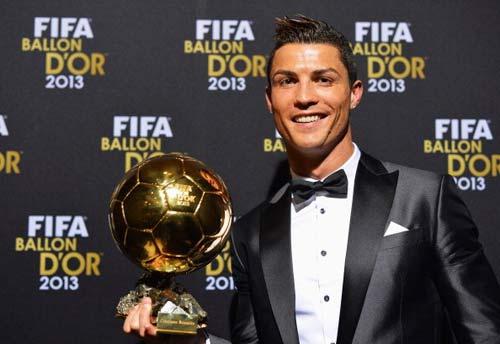 Ronaldo: Từ đứa trẻ nghèo đến một siêu sao - 1