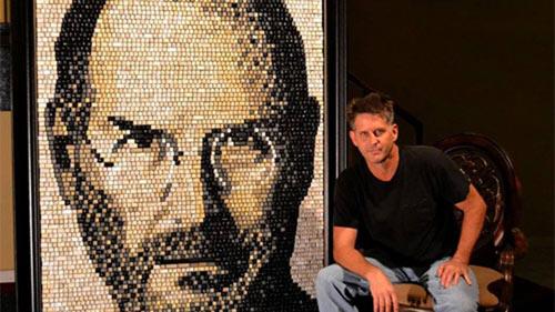 Bức tranh Steve Jobs khổng lồ ghép từ phím keyboard - 1