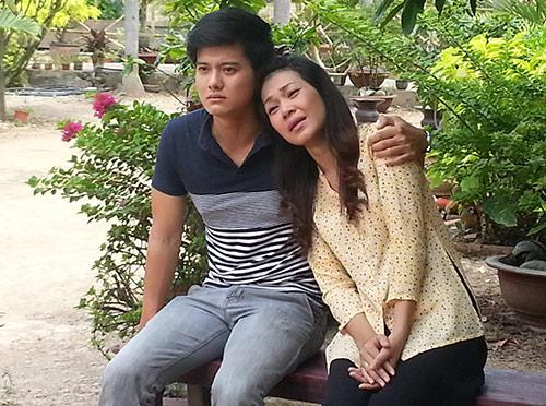 """Đinh Y Nhung """"làm vợ"""" NSƯT Hoàng Hải - 1"""
