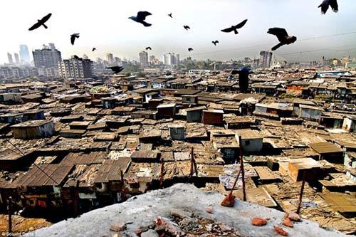 Cận cảnh cuộc sống ở nhà thổ lớn nhất châu Á - 1